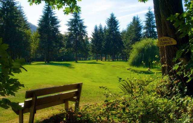 March Meadows Golf Course in Honeymoon Bay, March Meadows ...