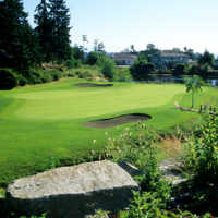 View of a green and bunkers at Fairwinds Golf Club